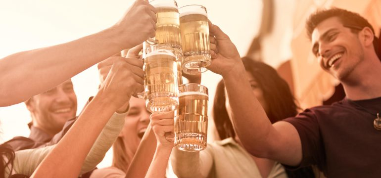 happy people drinking beer